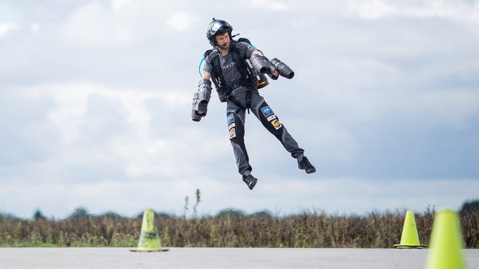 jetpack ba lo phan luc anh 4