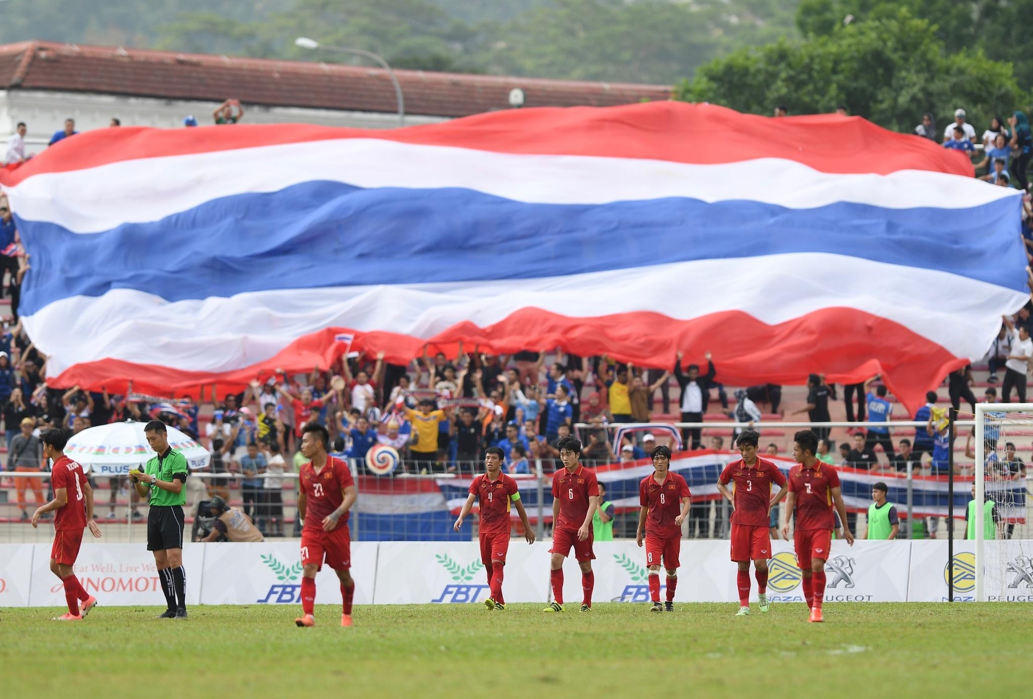 Nhat ky SEA Games: Thai Lan lai 'de' U22 Viet Nam hinh anh 1