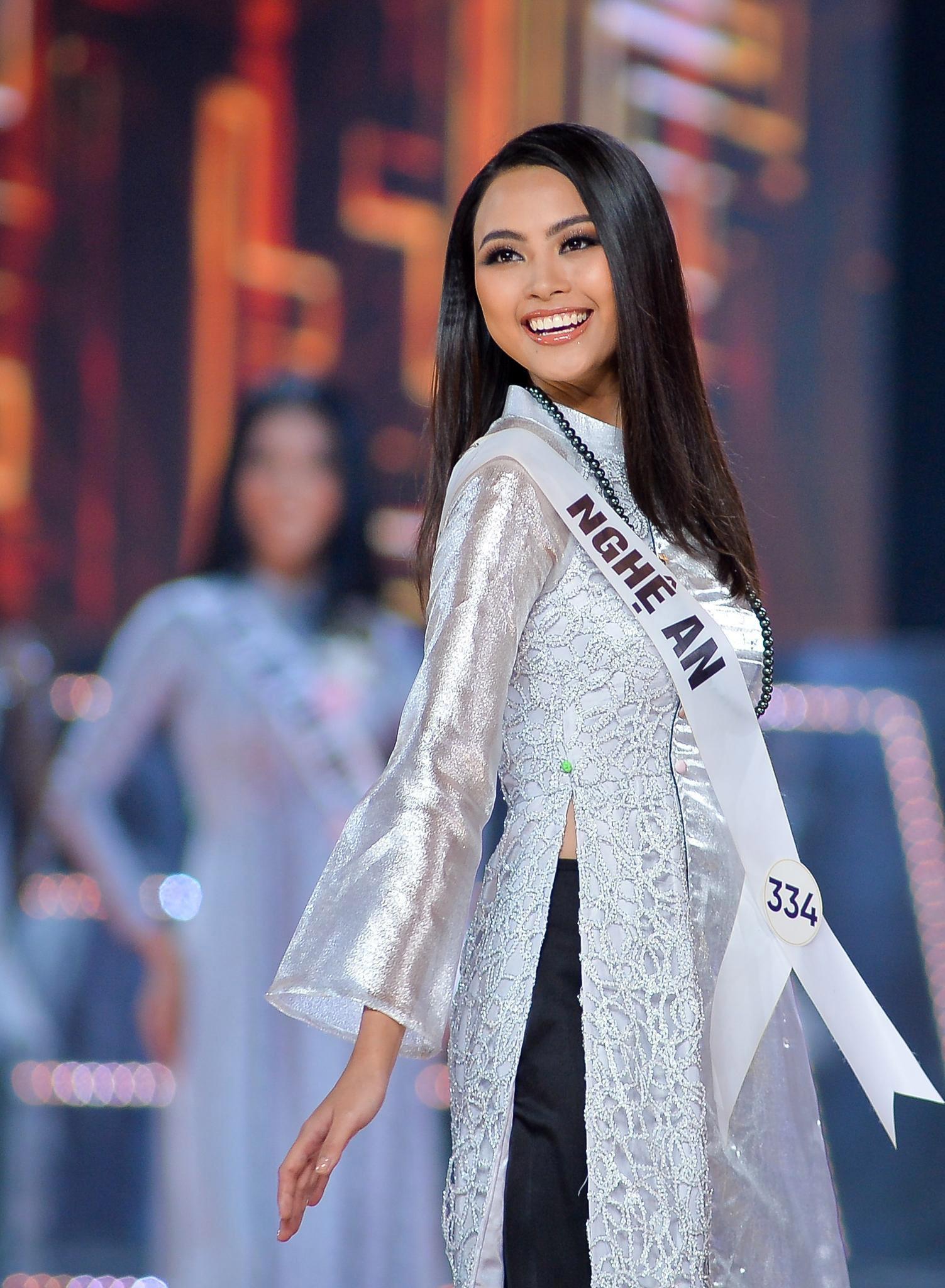 7 nguoi dep co the dang quang Hoa hau Hoan vu Viet Nam 2019 hinh anh 19
