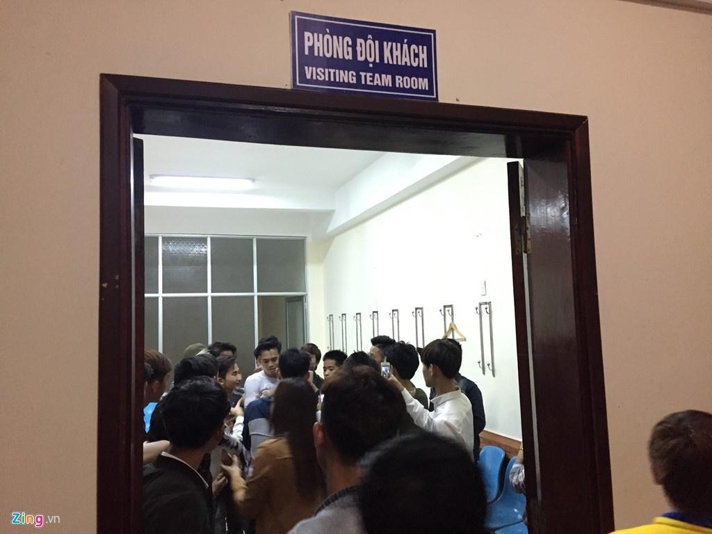 Tran CLB Ha Noi vs CLB Thanh Hoa anh 9