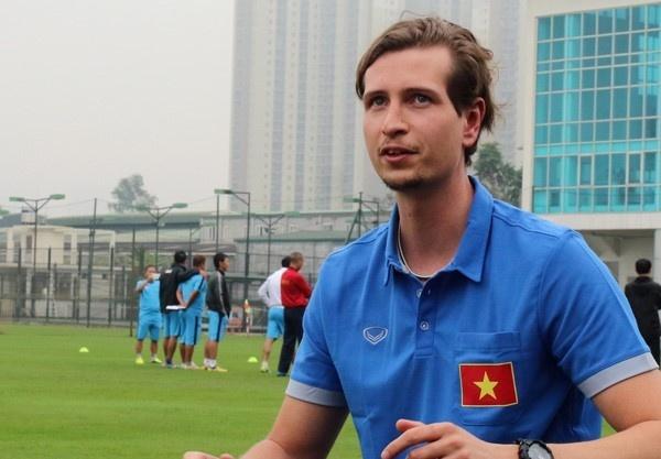 Tran U19 Viet Nam vs U19 Dai Loan anh 1