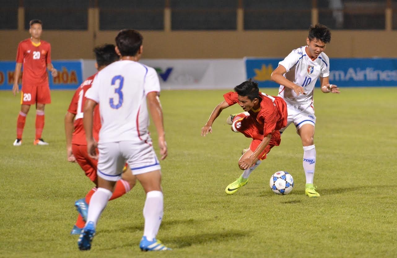 Tran U19 Viet Nam vs U19 Dai Loan anh 11