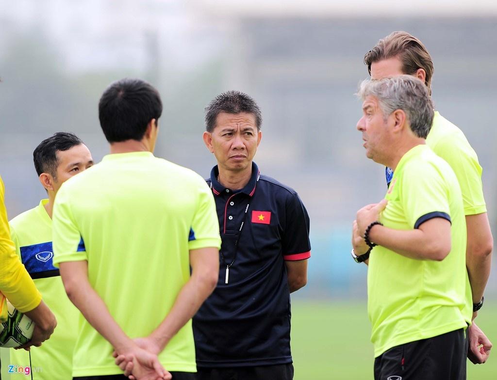 Tran U19 Viet Nam vs U19 Dai Loan anh 6