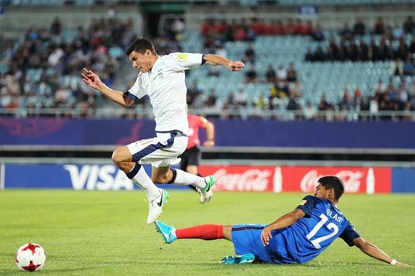 Tran U20 Phap vs U20 Italy anh 11