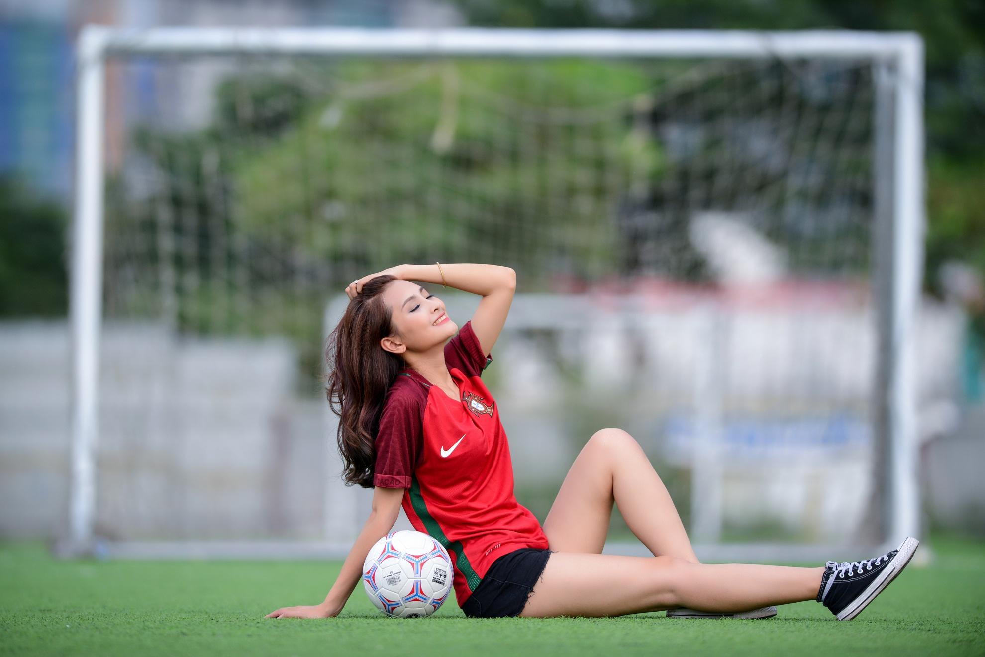 Ronaldo lap hat-trick theo du doan cua 'co nang Mu Tat' hinh anh 2