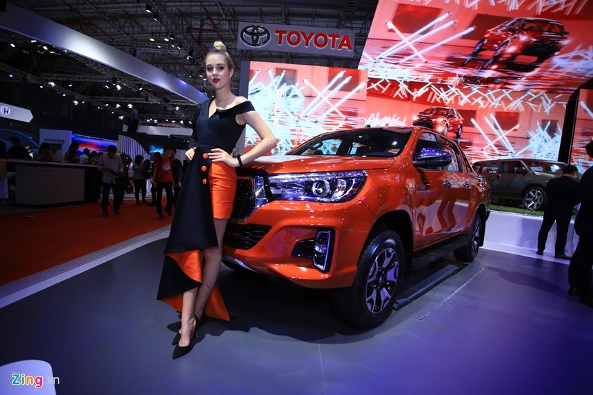 gia xe Toyota tai Viet Nam anh 16