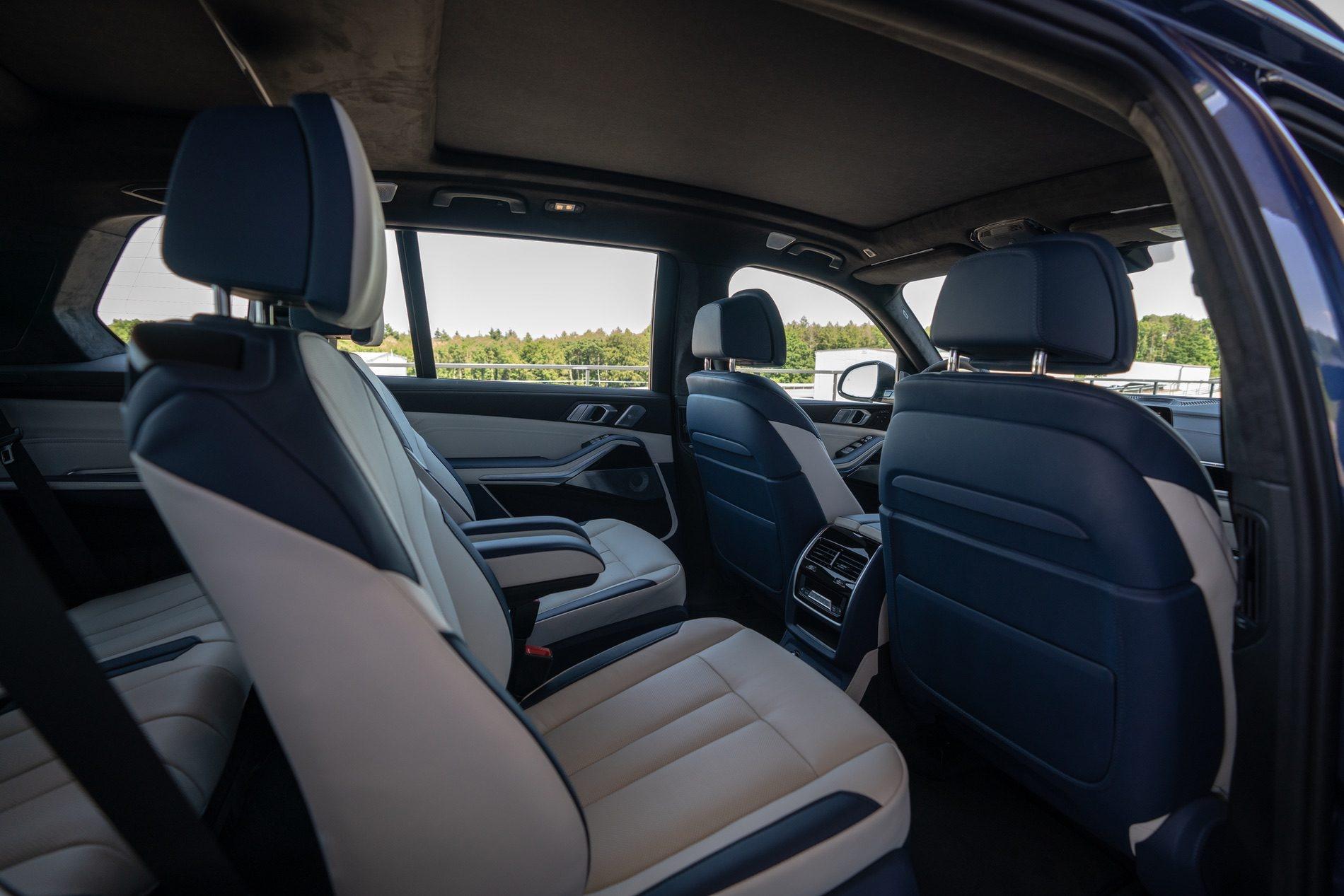 Phien ban BMW X7 hieu nang cao anh 30