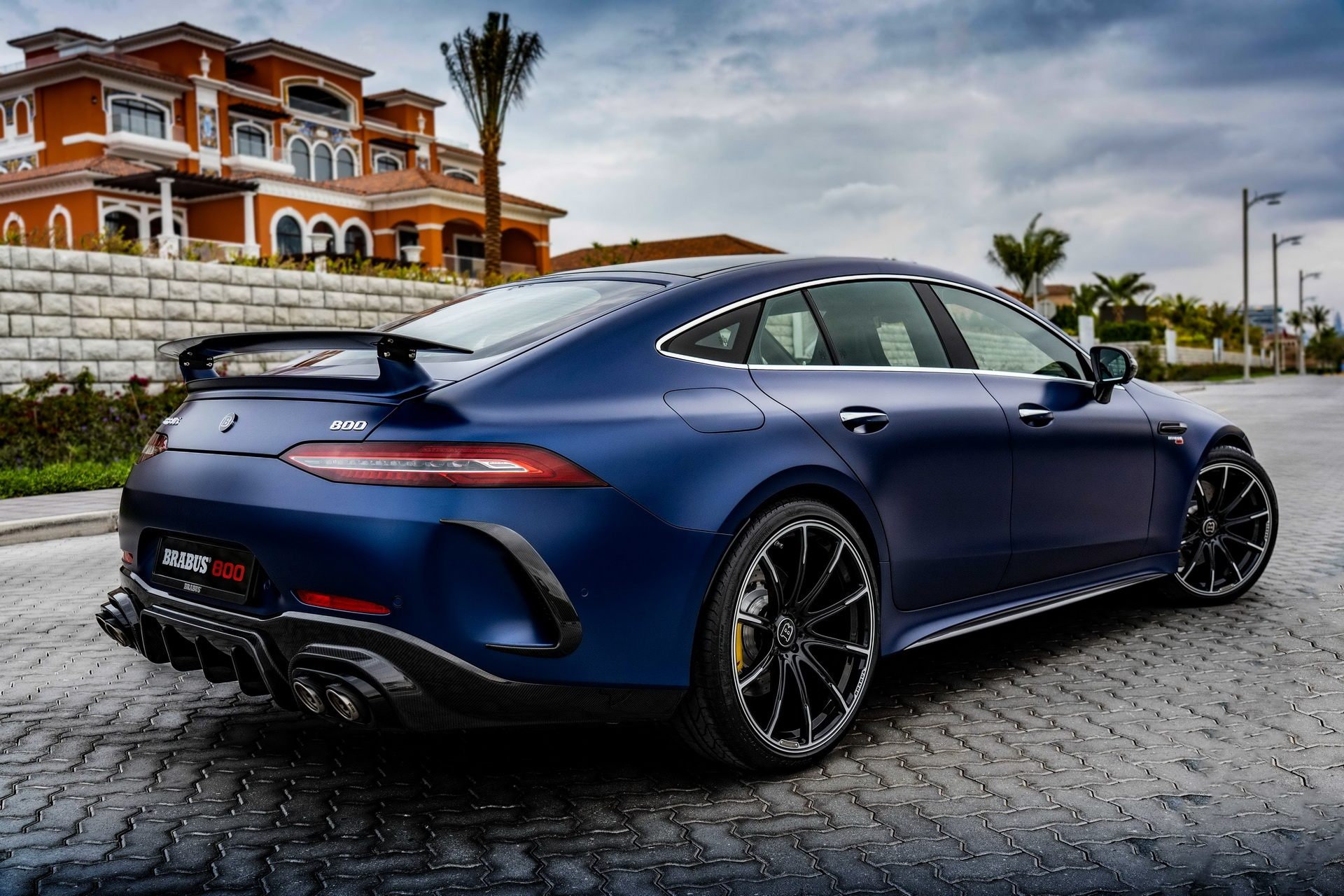 Mercedes-AMG GT 63 anh 12