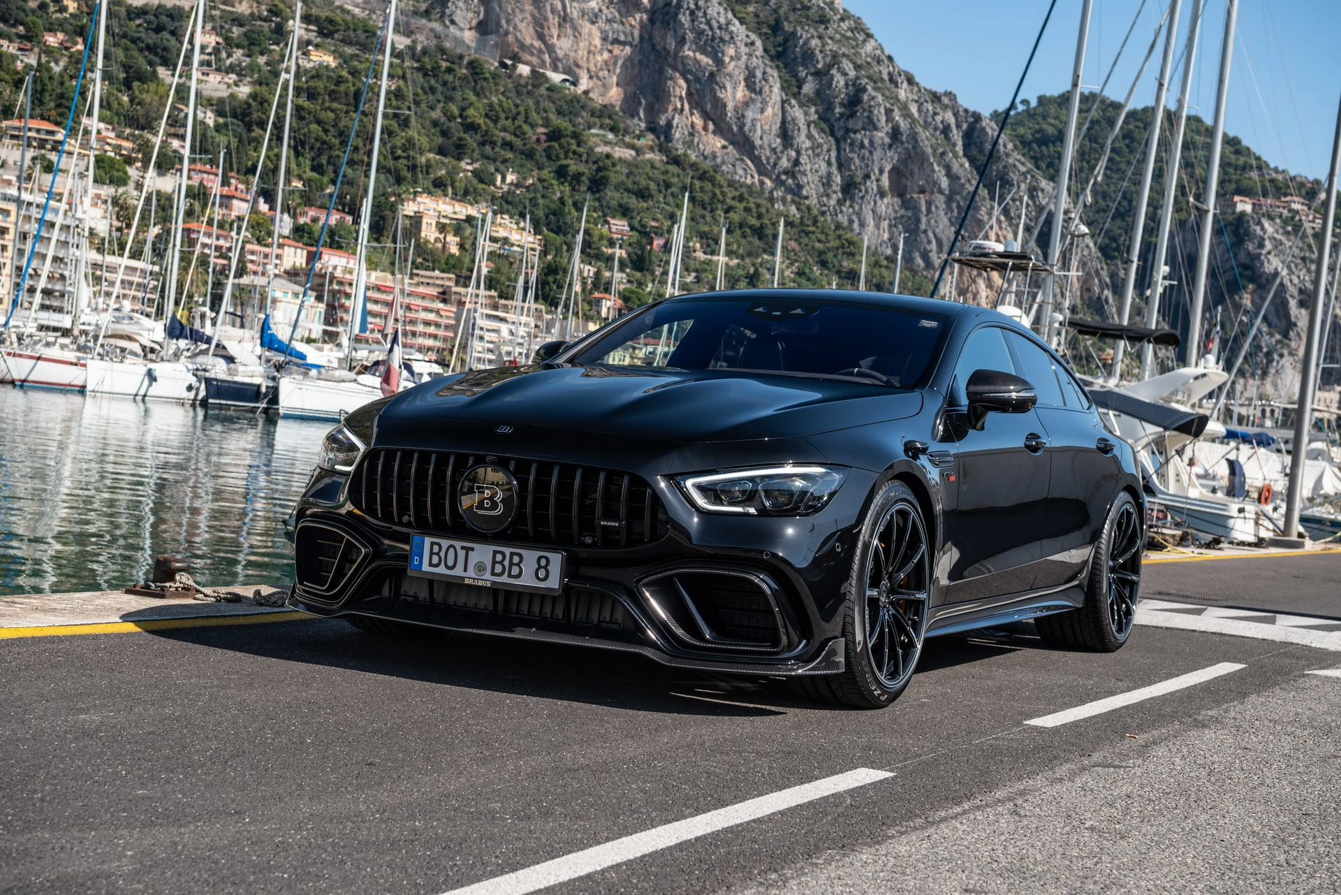 Mercedes-AMG GT 63 anh 35