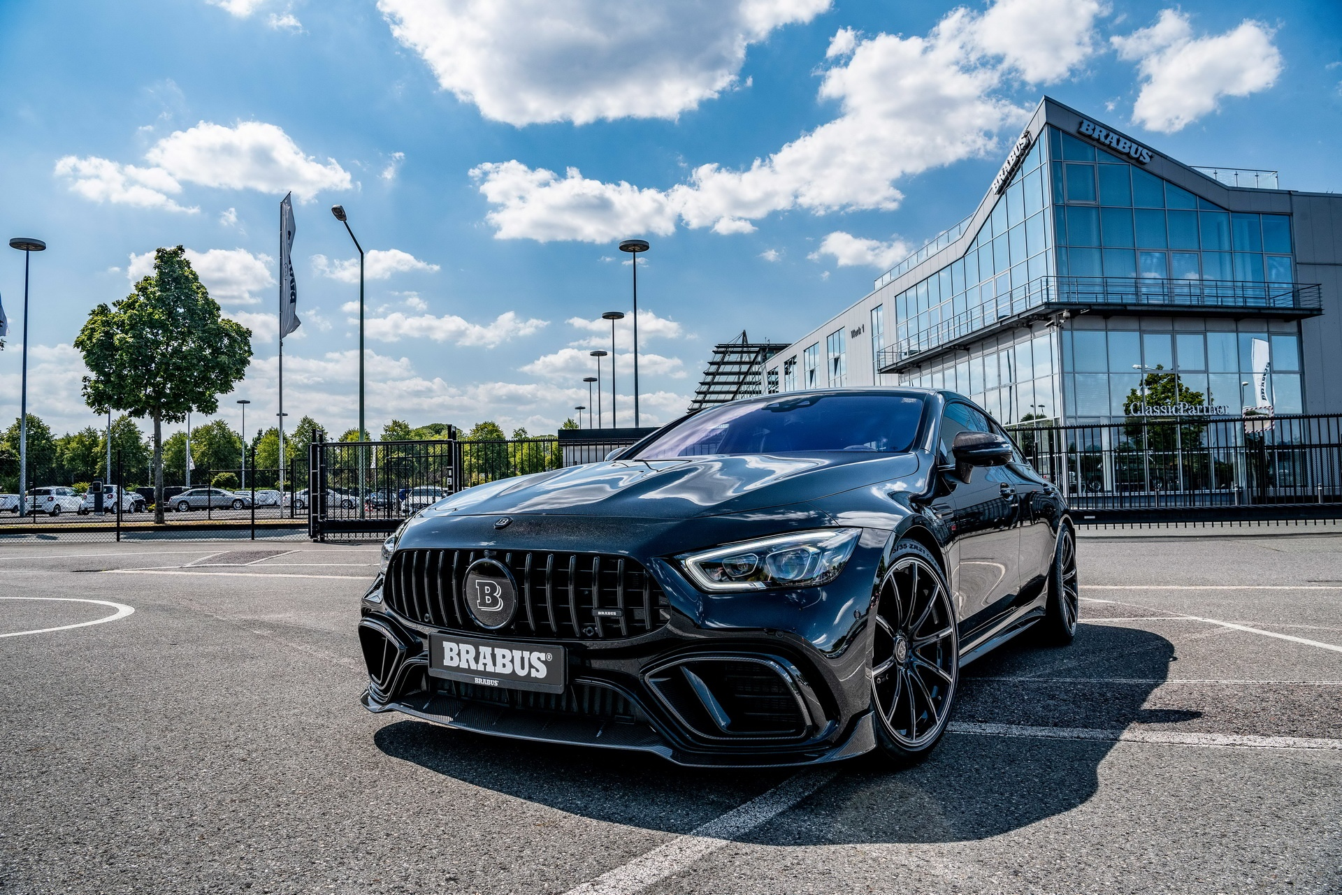 Mercedes-AMG GT 63 anh 3