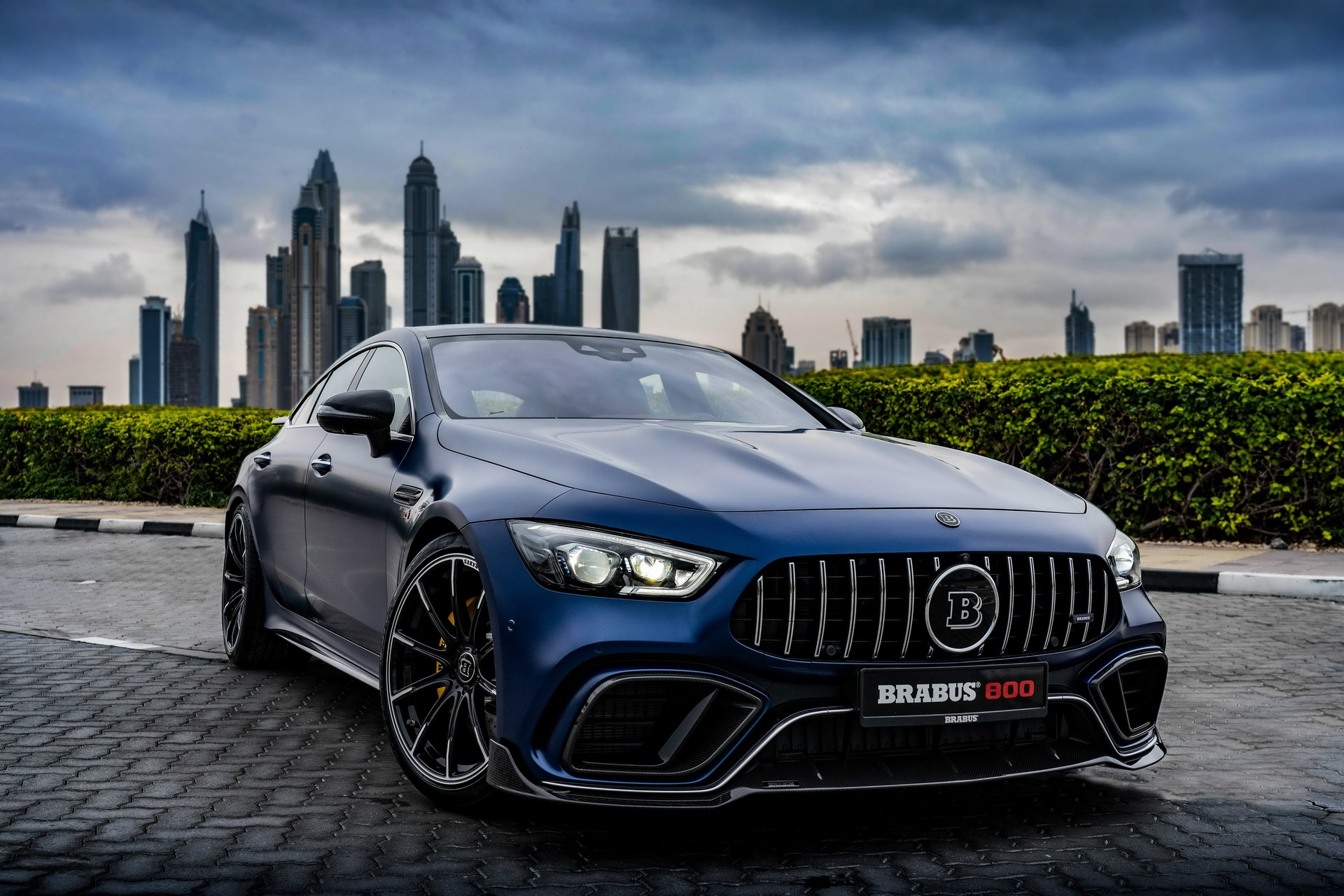 Mercedes-AMG GT 63 anh 10