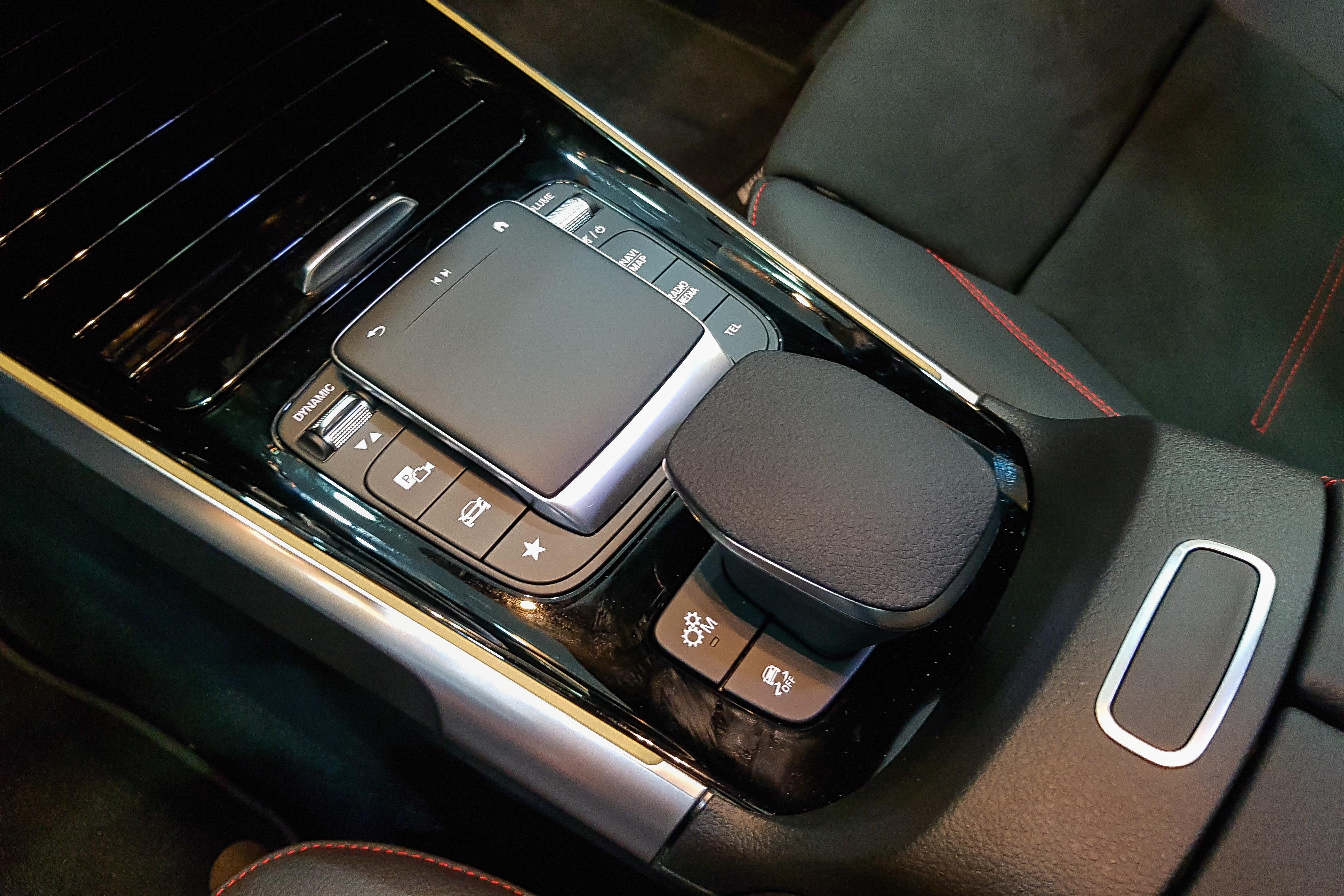 Mercedes-AMG GLB 35 anh 10