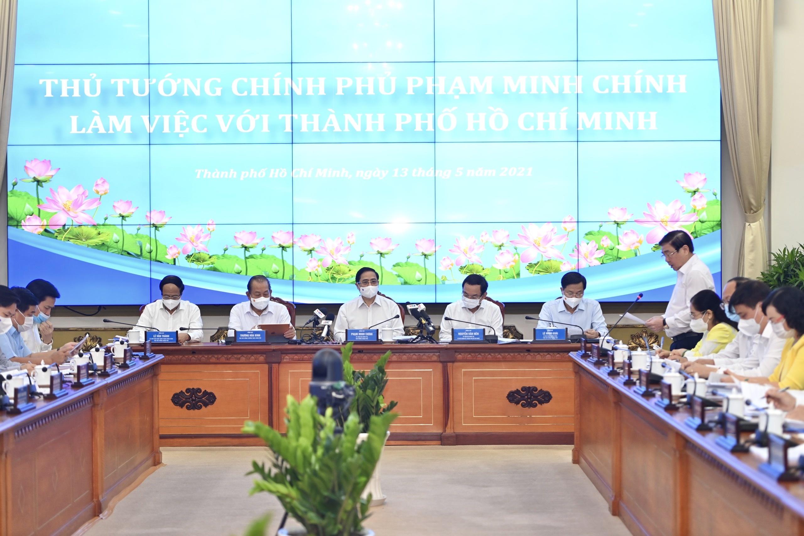 Thu tuong Pham Minh Chinh lam viec voi TP.HCM anh 3