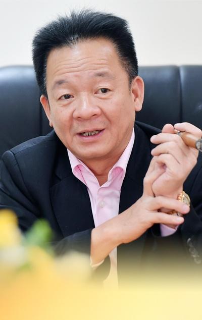 Bau Hien: 'Lam kinh doanh met nhung suong' hinh anh 5