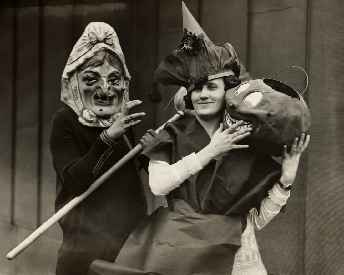 Nguon goc cua lop hoa trang rung ron trong le hoi Halloween anh 6