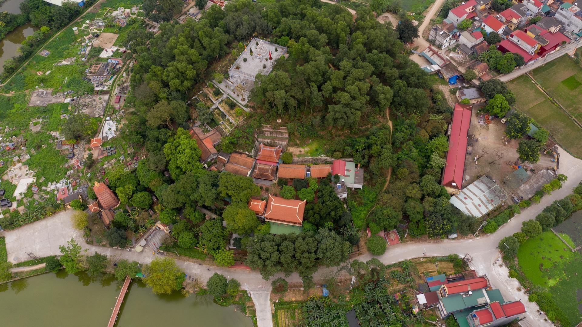 Ngôi chùa cổ kính thanh sơ, không đặt hòm công đức ven Hà Nội