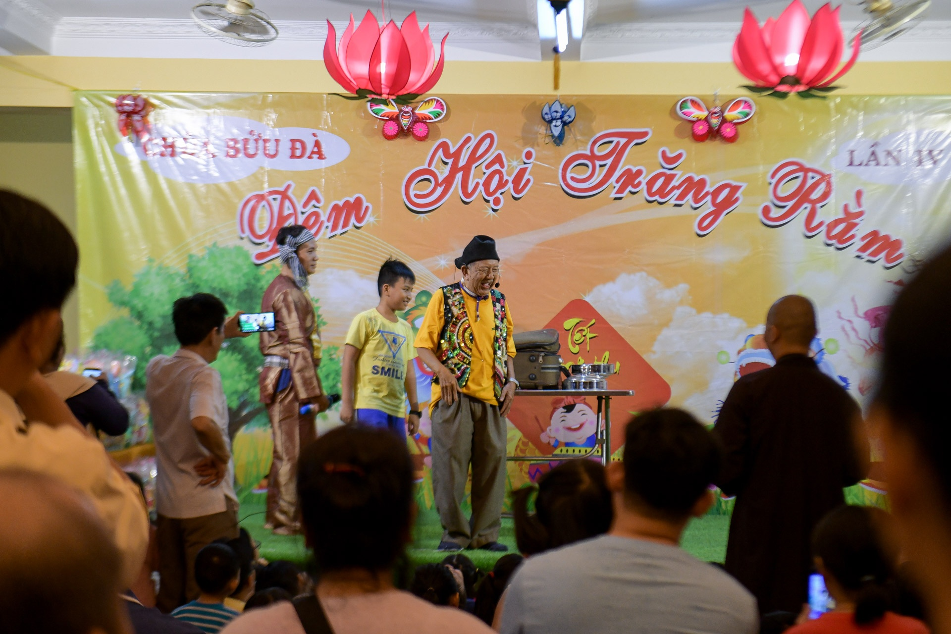 nghe si Mac Can Dat phuong Nam anh 14