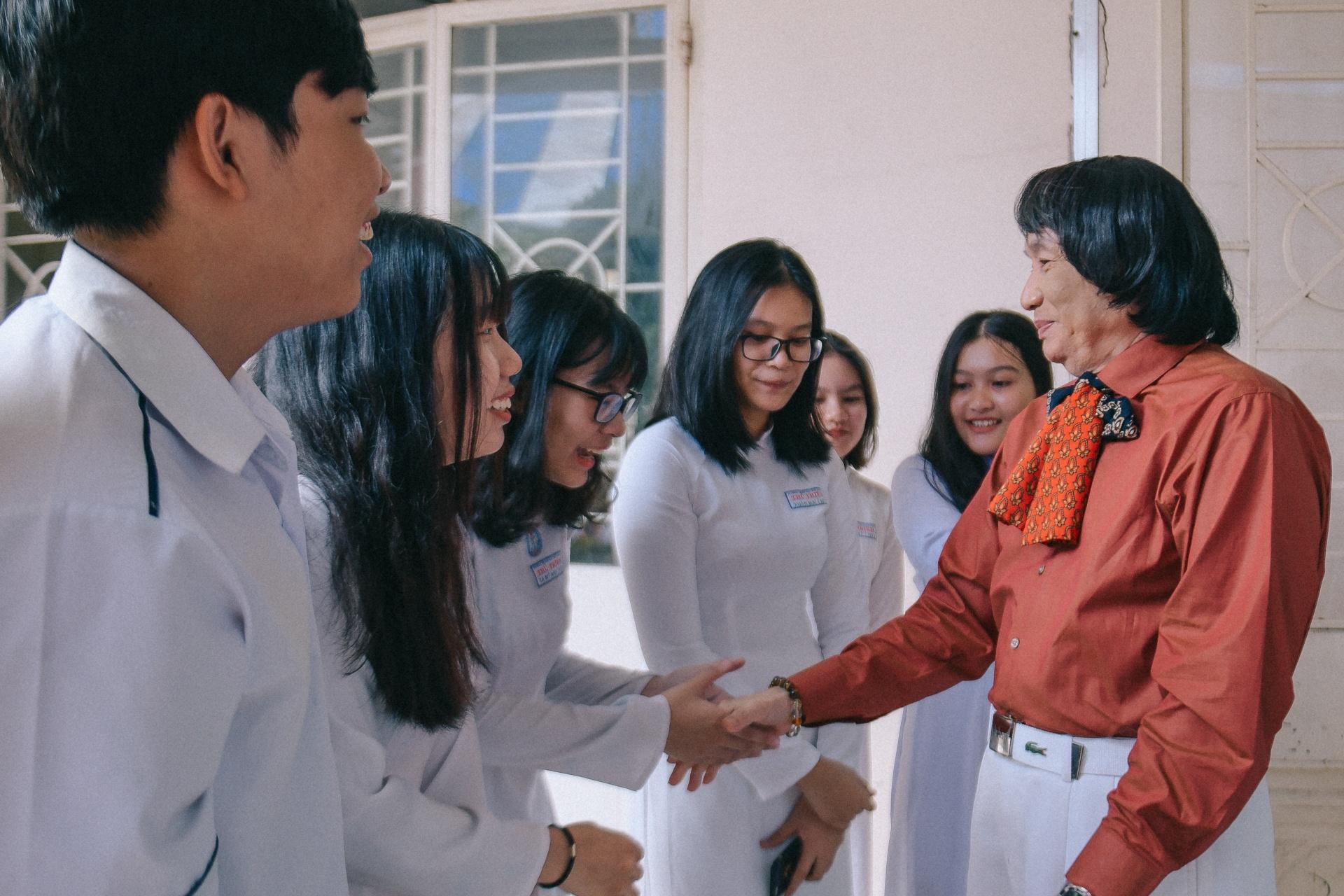 NSND Minh Vuong: 'Toi hoi sinh nho ghep than cua mot chang trai tre' hinh anh 16