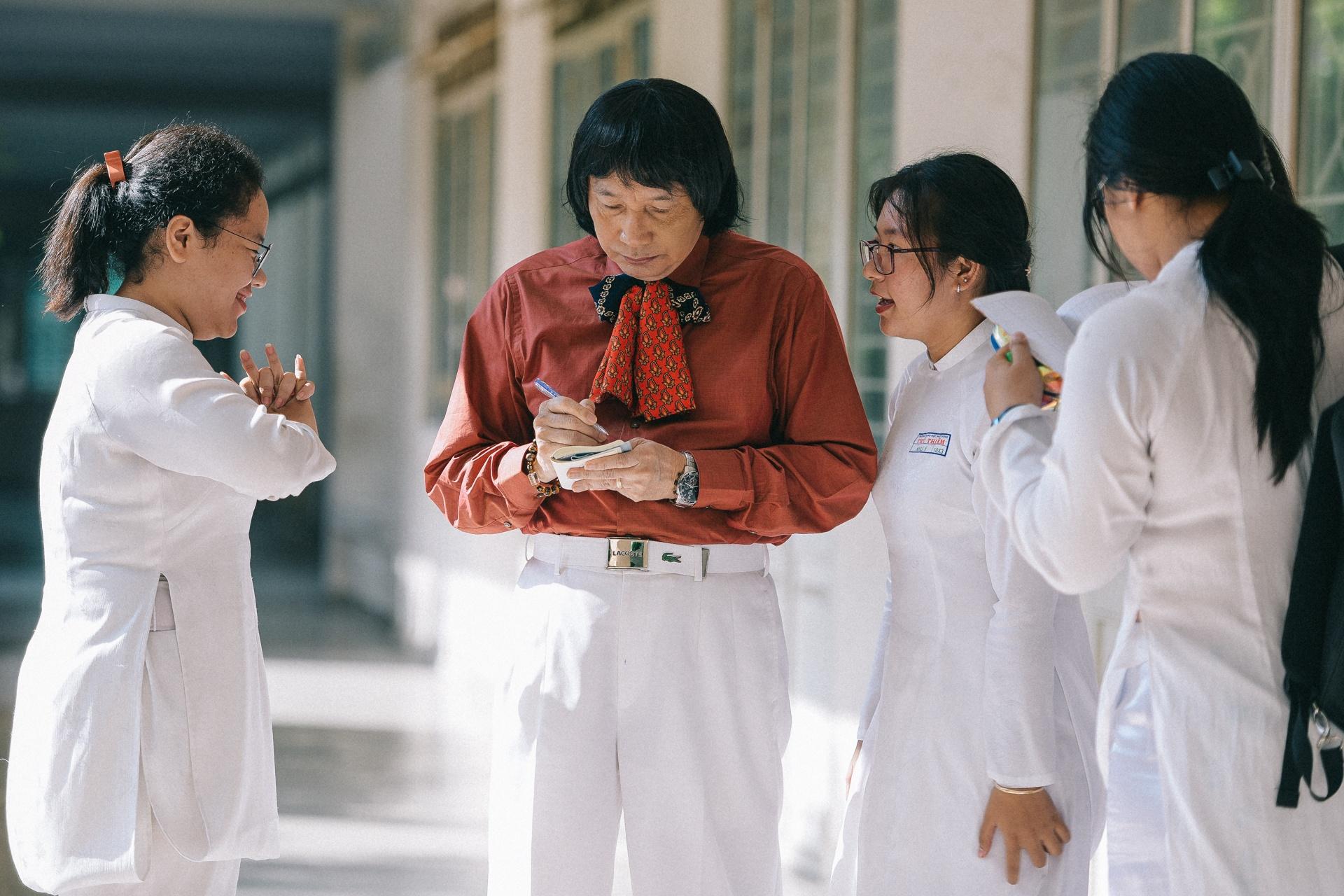NSND Minh Vuong: 'Toi hoi sinh nho ghep than cua mot chang trai tre' hinh anh 17