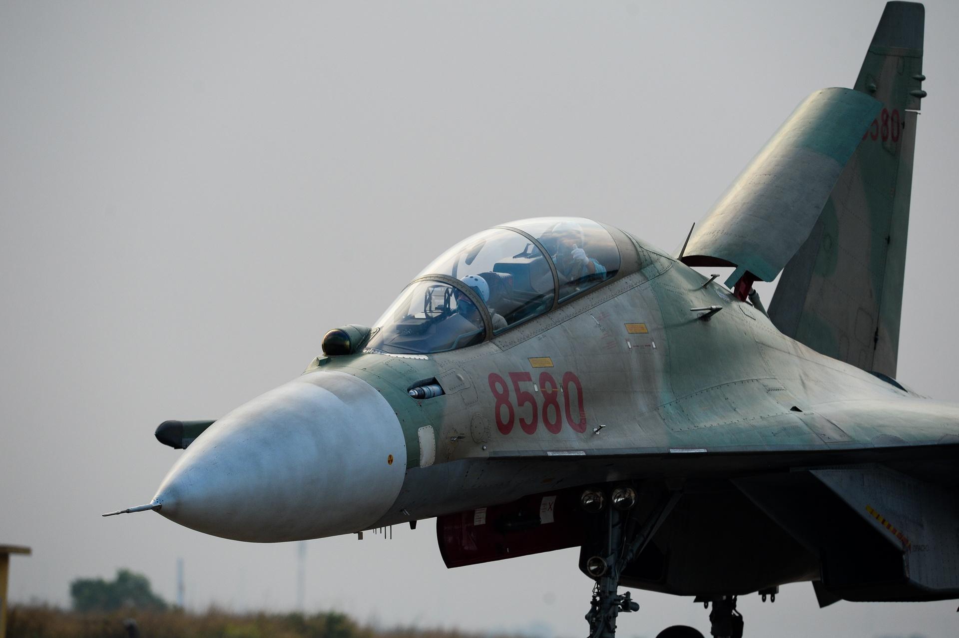 huan luyen bay Su-30MK2 anh 37