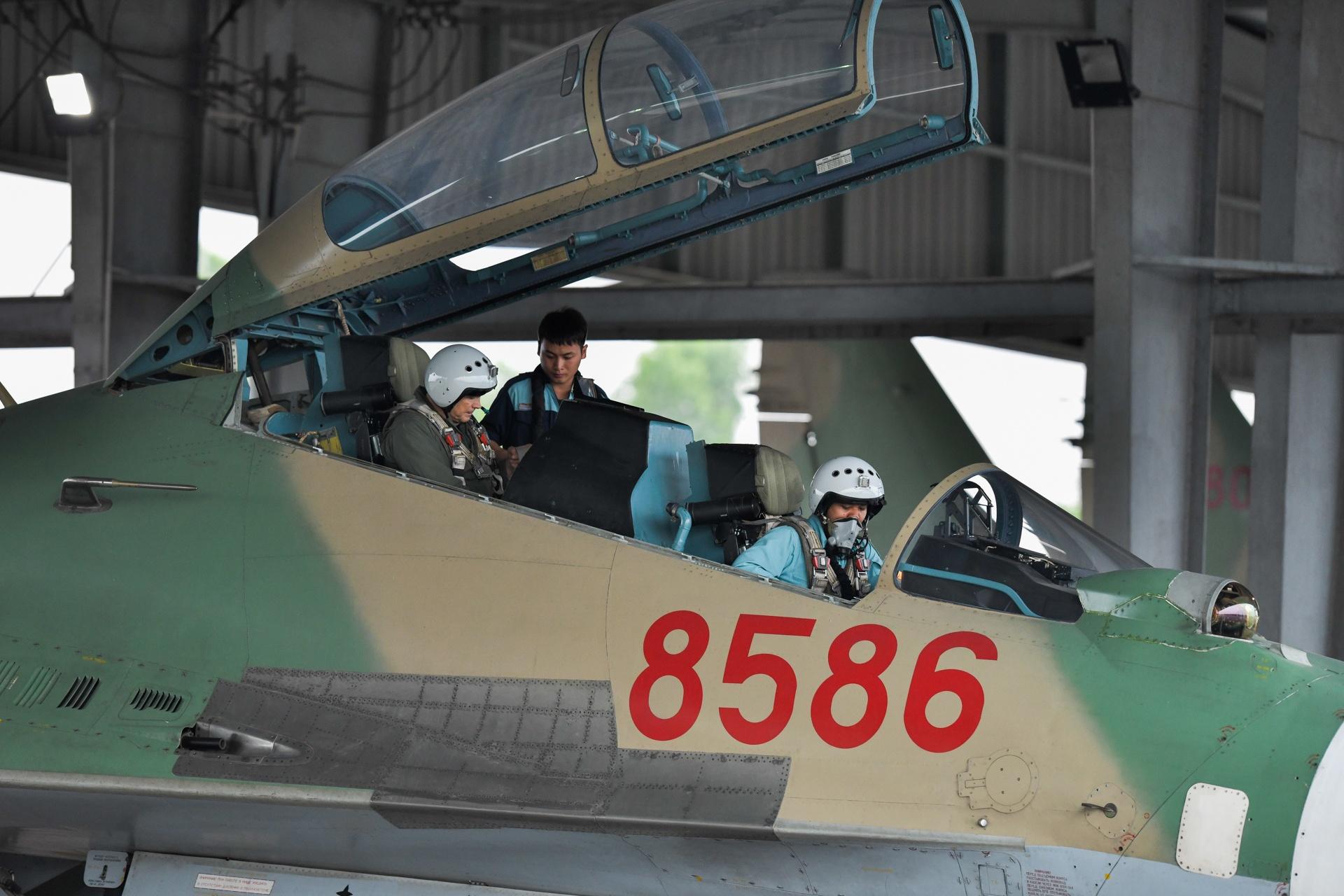 huan luyen bay Su-30MK2 anh 27