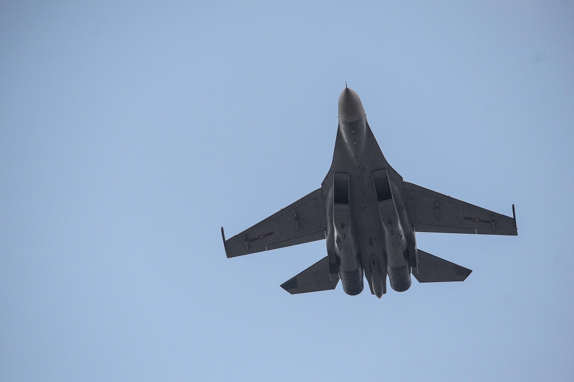 huan luyen bay Su-30MK2 anh 40