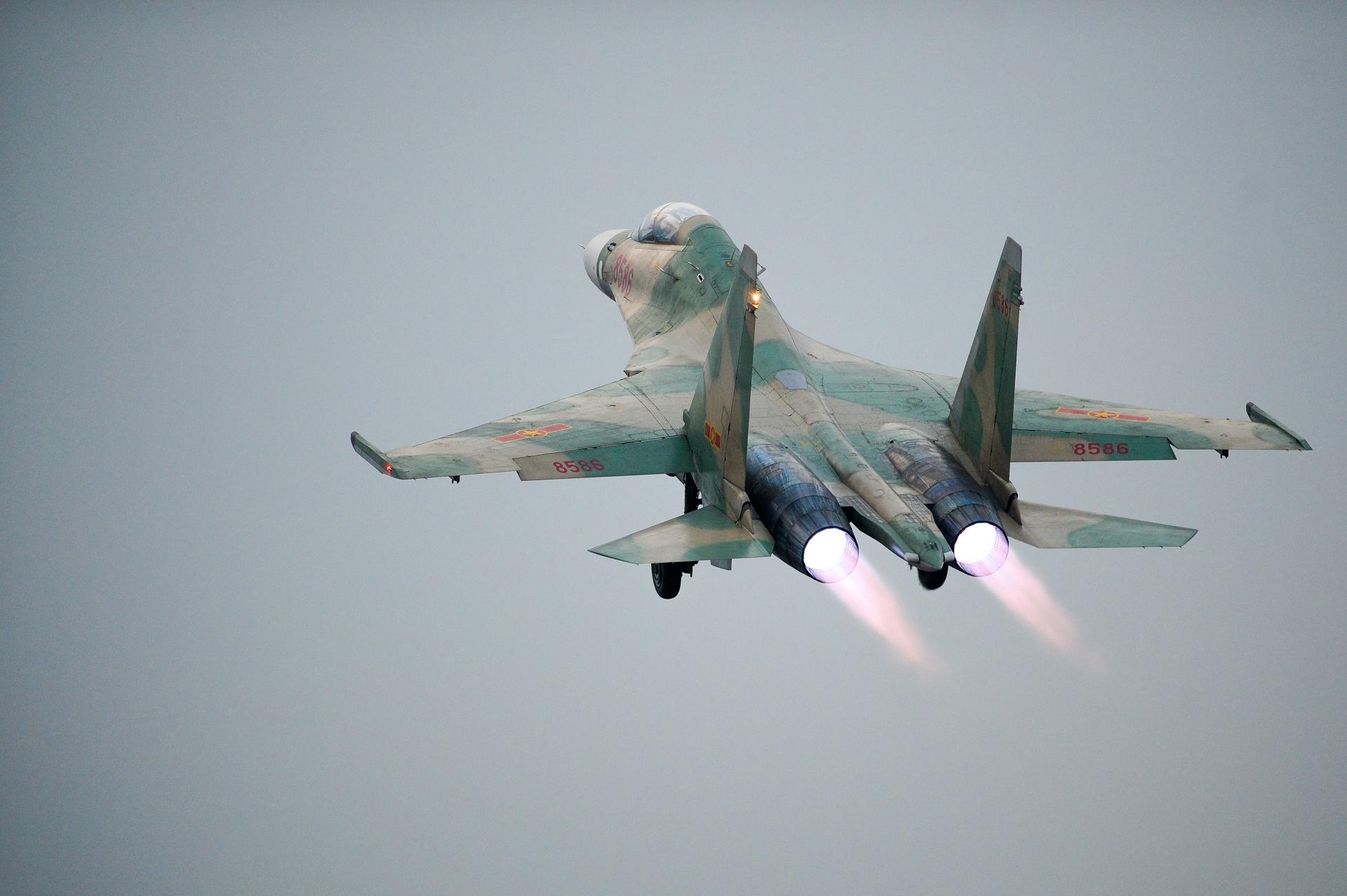 huan luyen bay Su-30MK2 anh 29