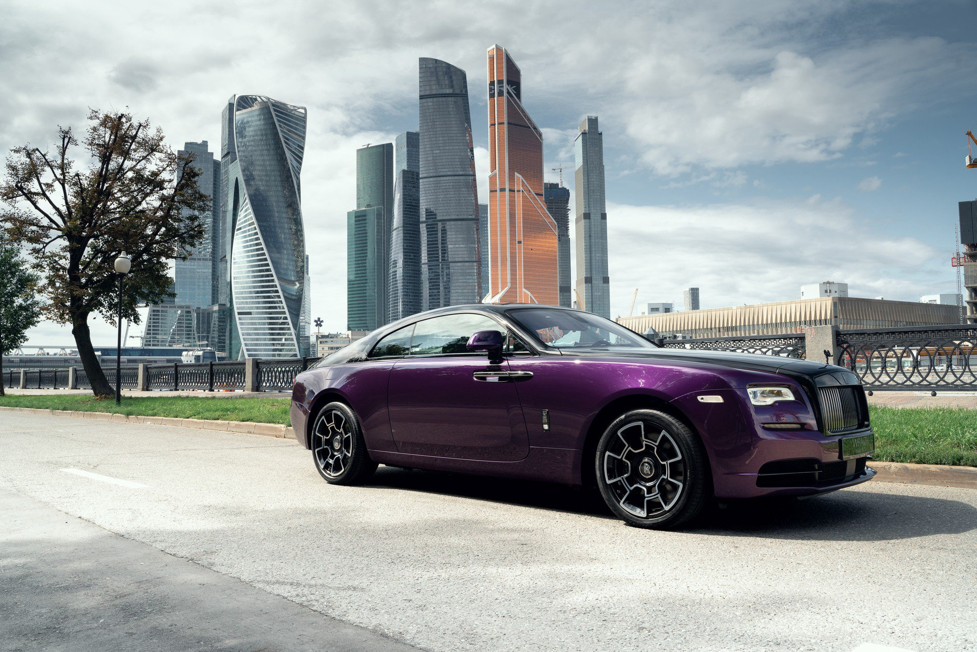 Ngam bo suu tap Rolls-Royce dac biet 'Dem Moscow' hinh anh 2