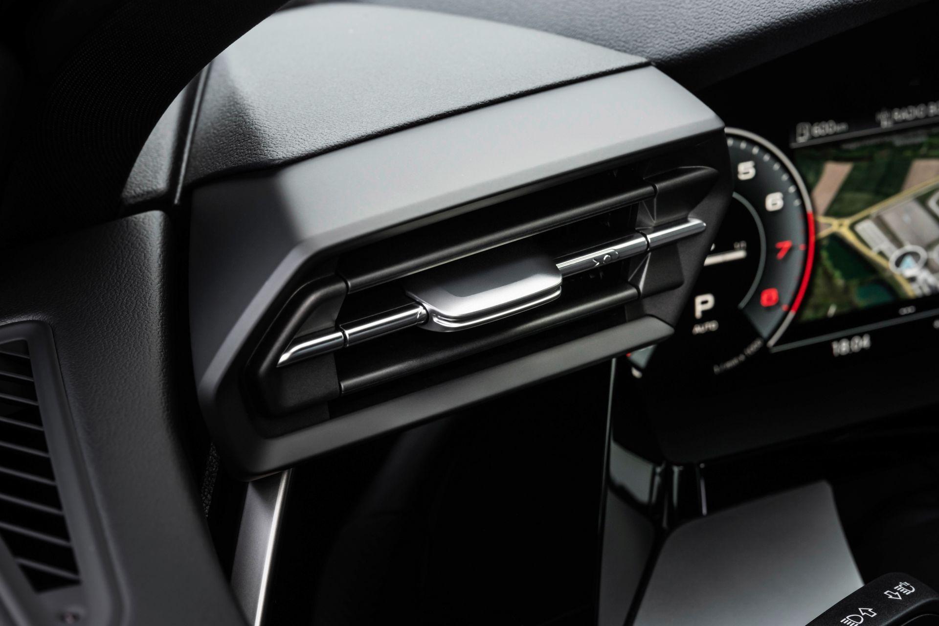Audi tung loat anh day du cua A3 Sedan 2021 anh 36