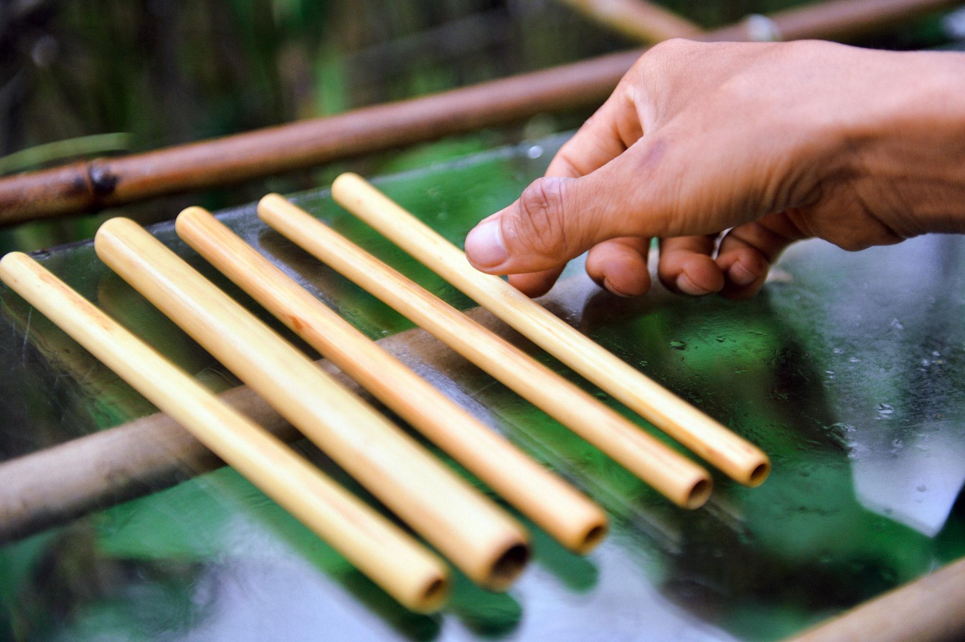 Chang nong dan 'khung' va giac mo ong hut tre hinh anh 19