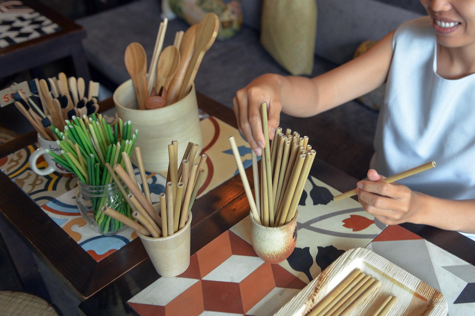 Chang nong dan 'khung' va giac mo ong hut tre hinh anh 24