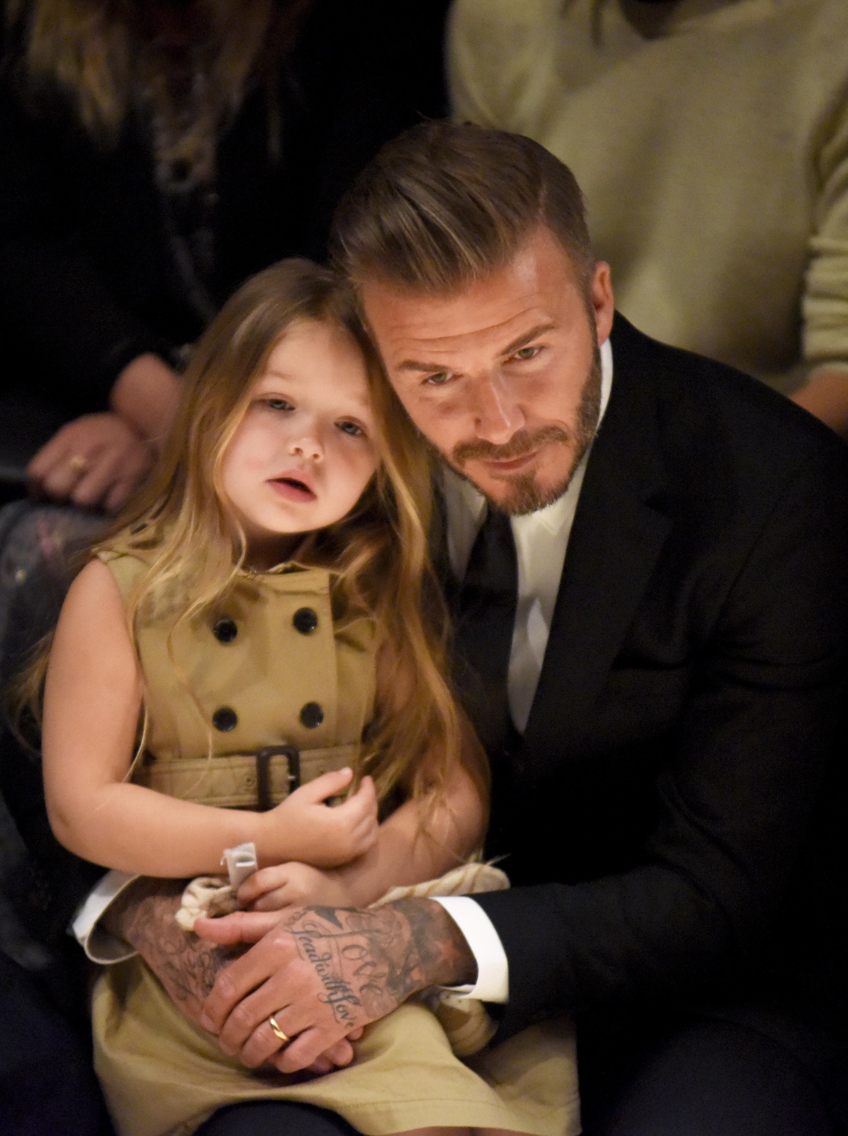 Harper Beckham cong chua Anh anh 6