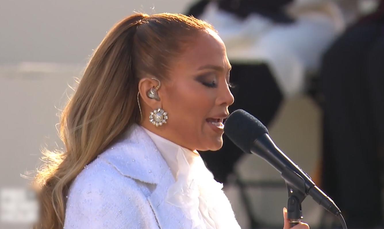 Jennifer Lopez hát tại lễ nhậm chức tổng thống Mỹ