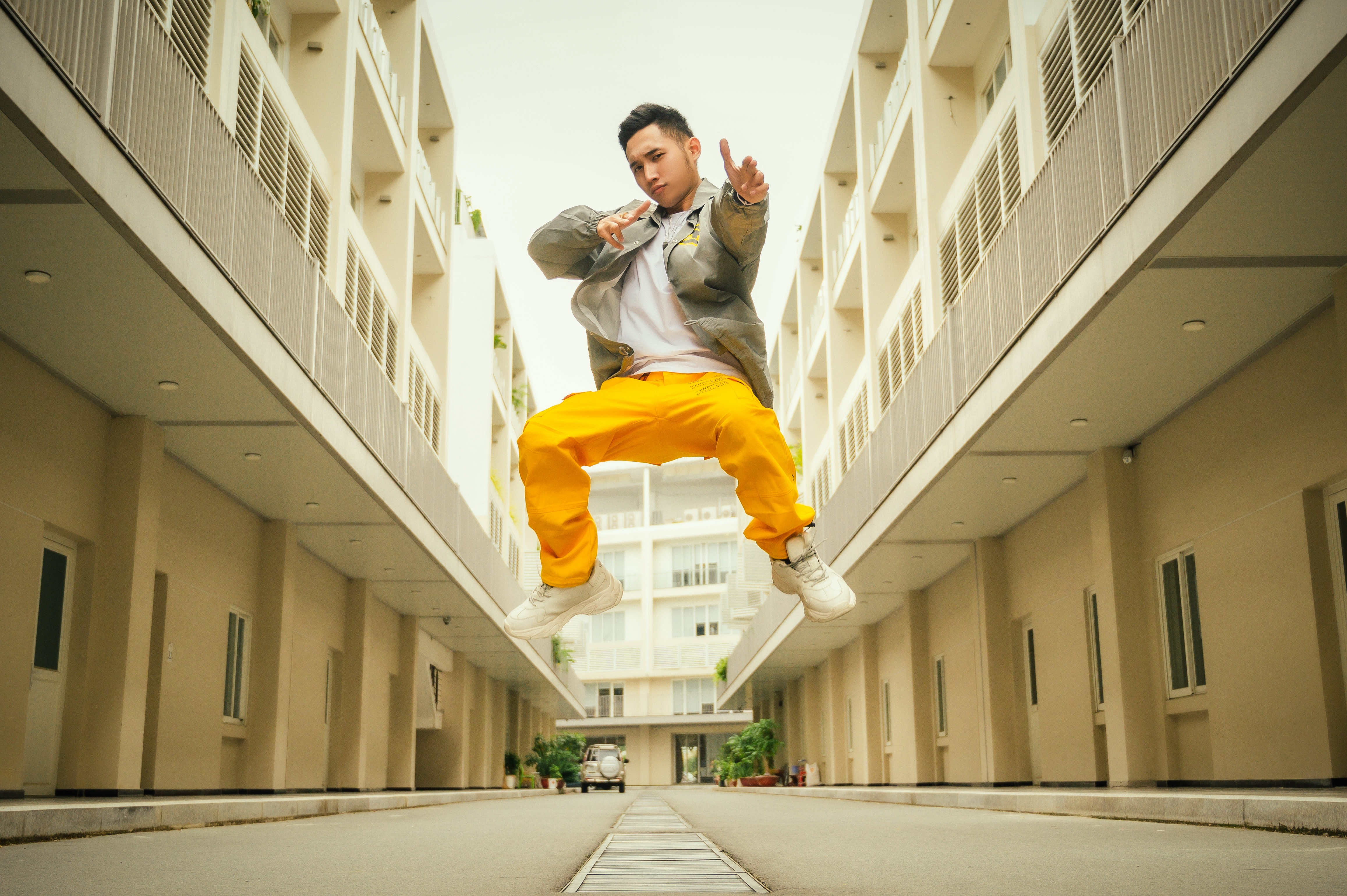 Duy Andy Rap Viet anh 3