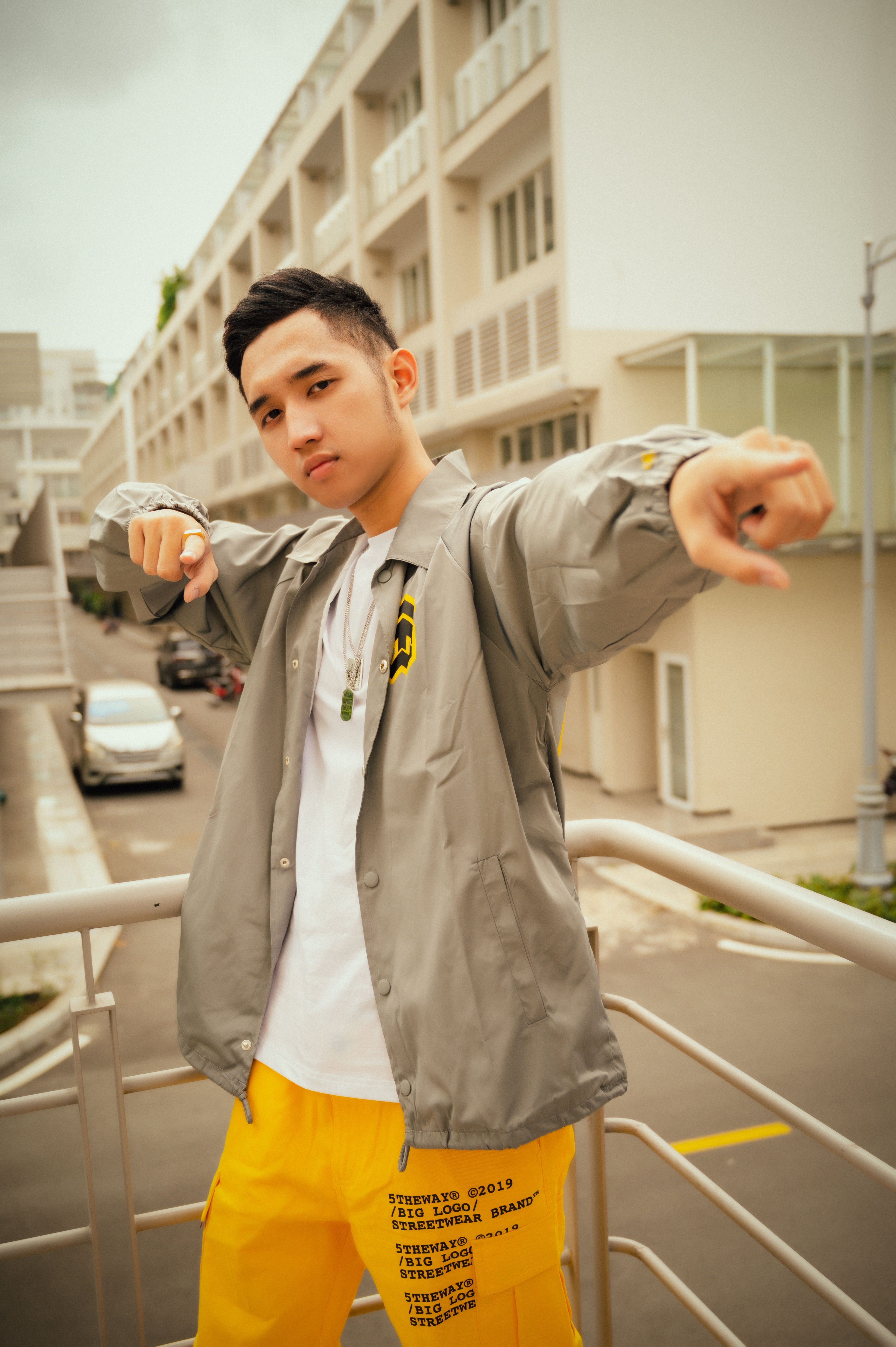 Duy Andy Rap Viet anh 6