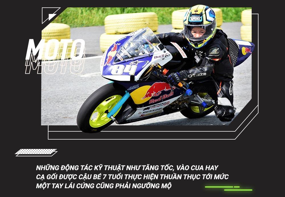 Cau be 7 tuoi uoc mo tro thanh tay dua Moto GP dau tien tai VN hinh anh 4