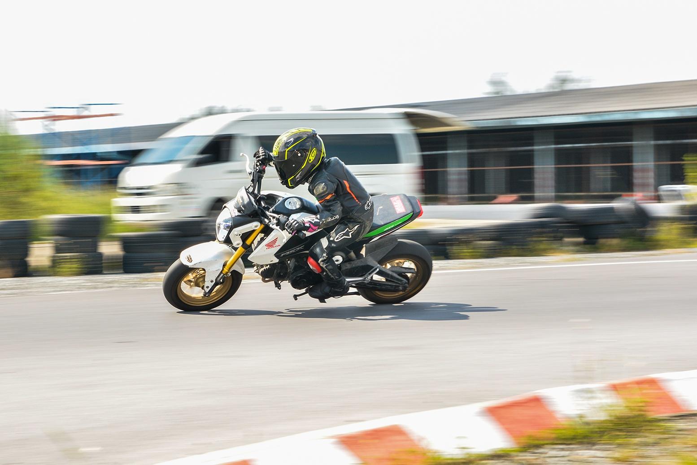 Giai dua moto tre em o Thai Lan va nhung giac mo MotoGP hinh anh 24