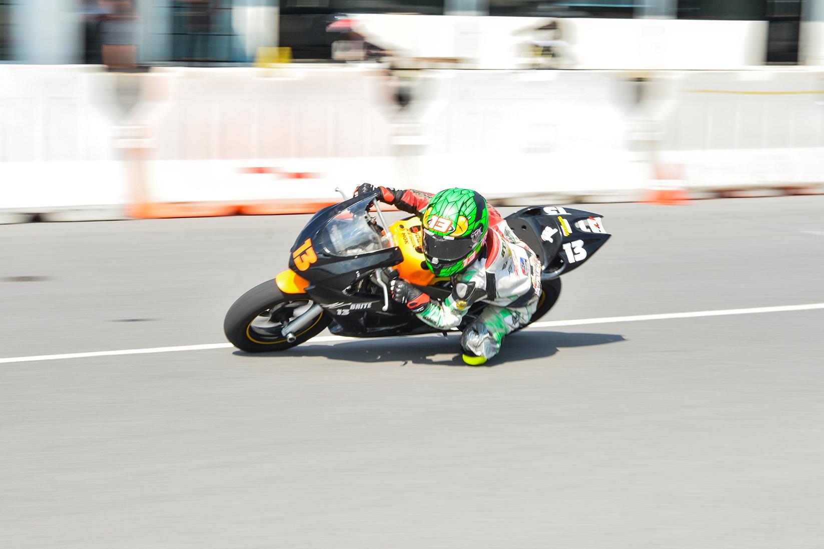 Giai dua moto tre em o Thai Lan va nhung giac mo MotoGP hinh anh 26