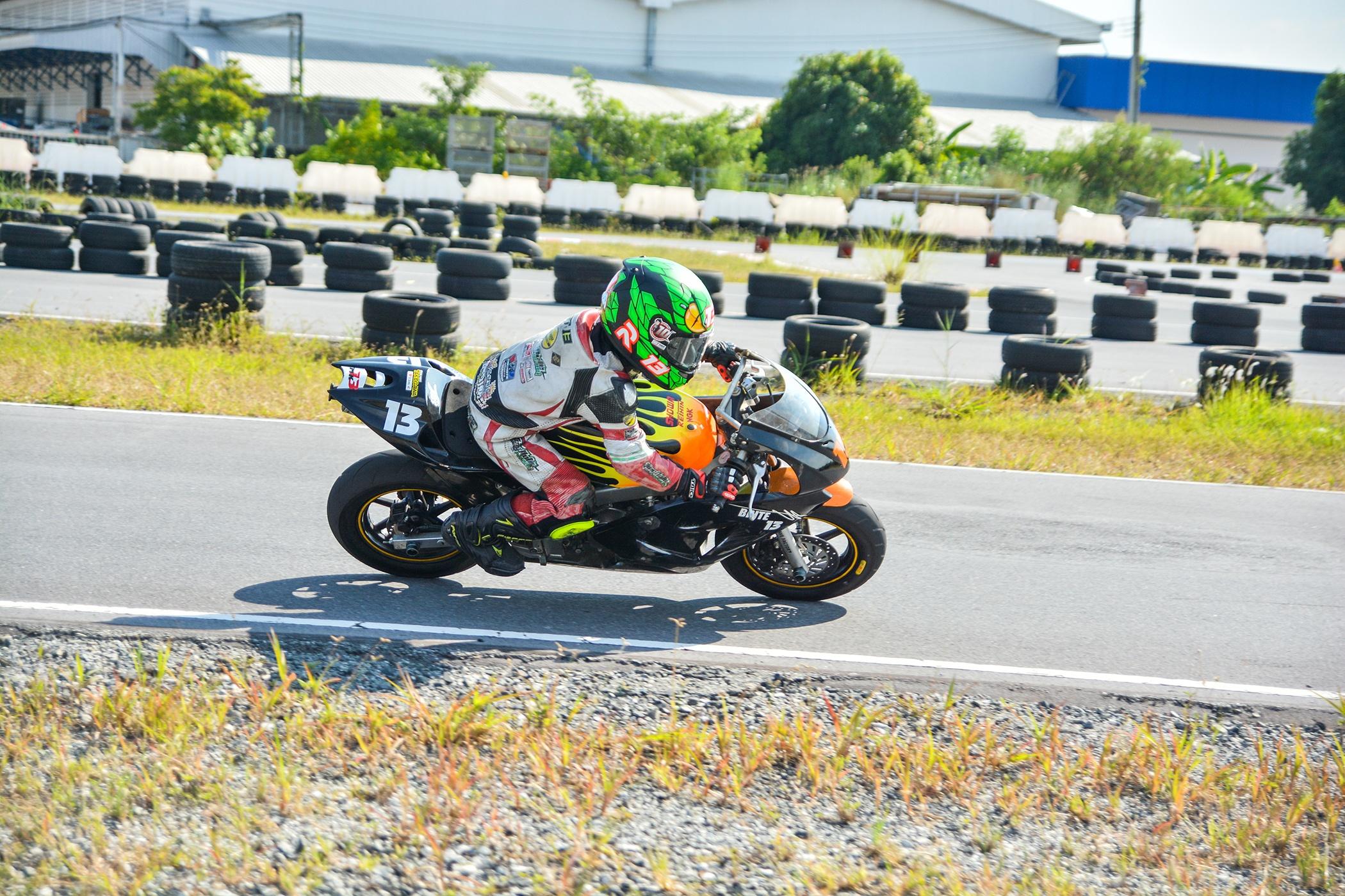 Giai dua moto tre em o Thai Lan va nhung giac mo MotoGP hinh anh 28