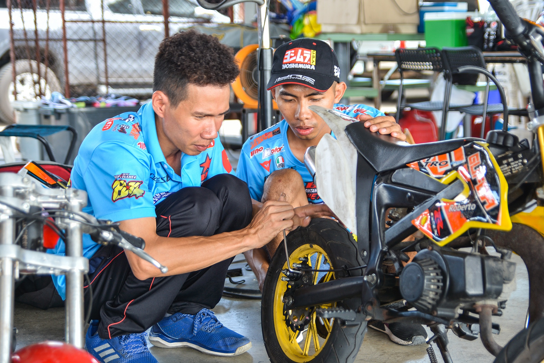 Giai dua moto tre em o Thai Lan va nhung giac mo MotoGP hinh anh 13