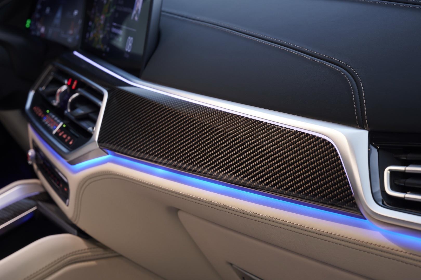 BMW X6 2020 - SUV voi suc manh sieu xe hinh anh 25