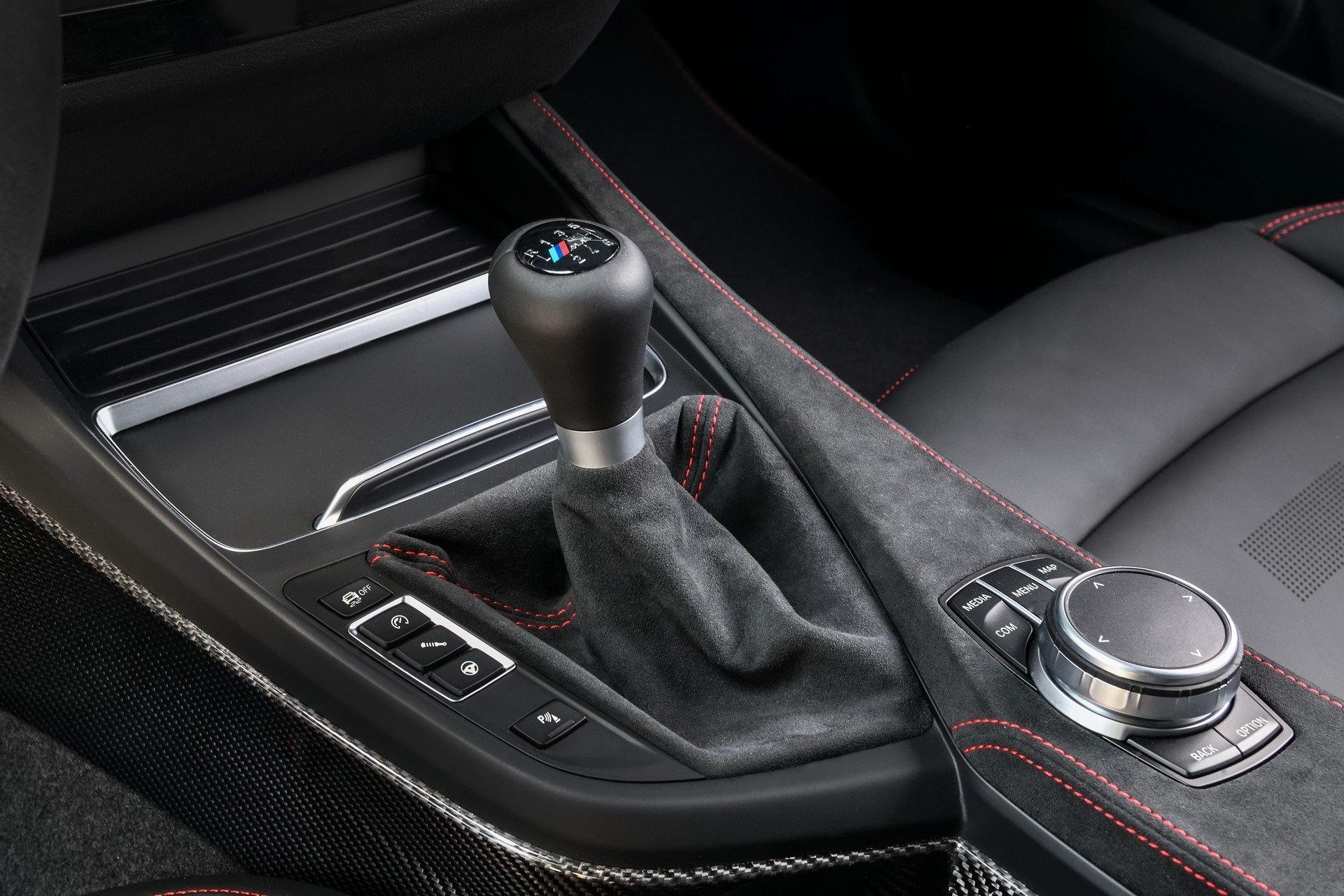 Chiem nguong BMW M2 C2 2020 anh 20