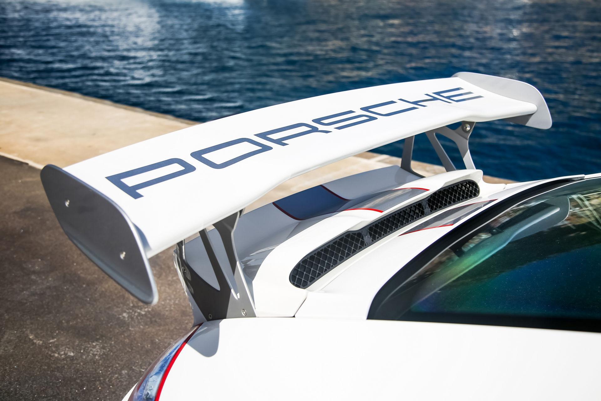 Ngam nhin Porsche 911 GT3 RS 4.0 2011 phien ban gioi han dac biet anh 8
