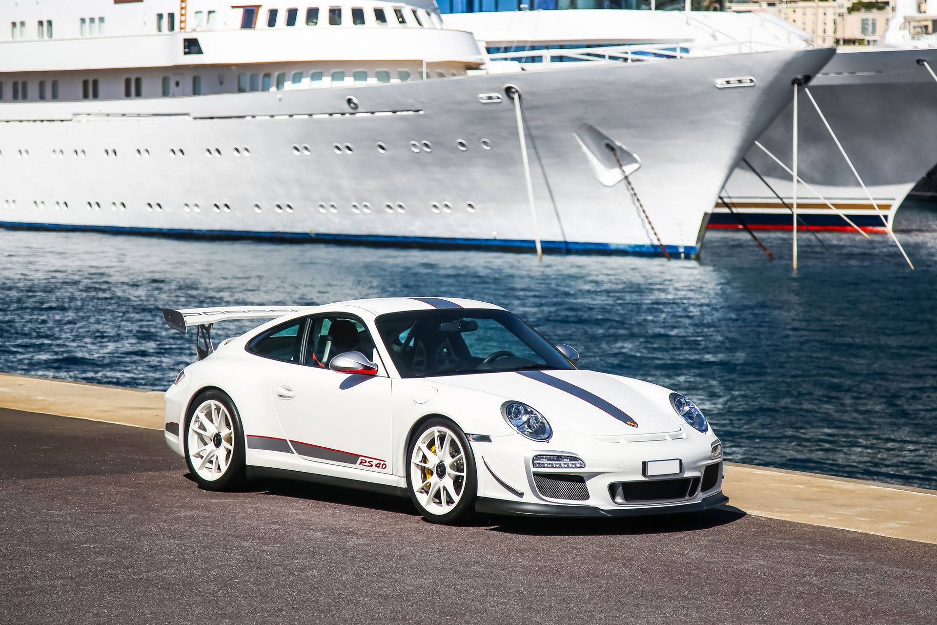 Ngam nhin Porsche 911 GT3 RS 4.0 2011 phien ban gioi han dac biet anh 25