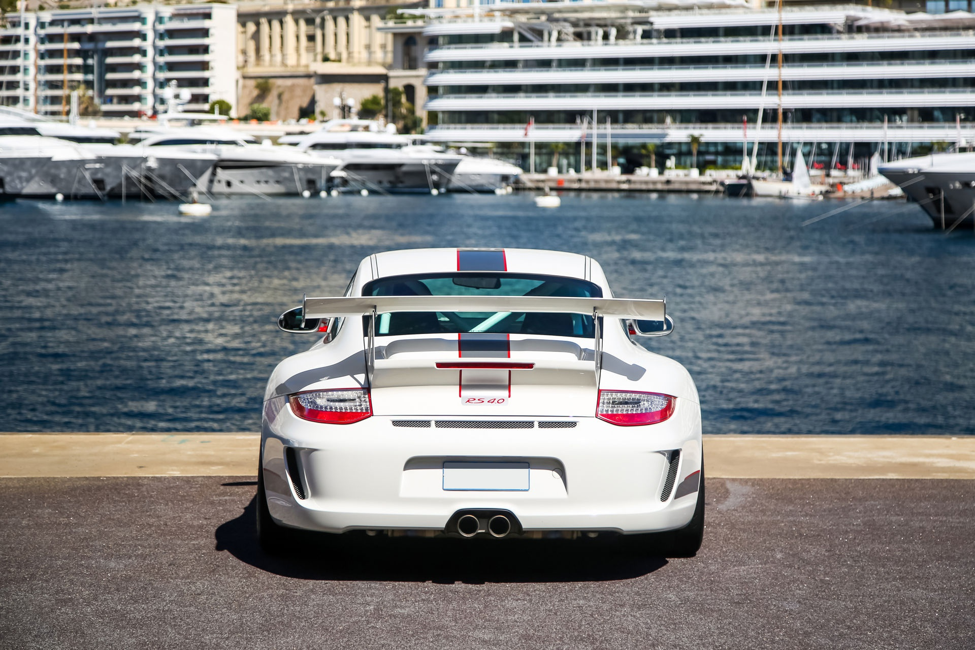 Ngam nhin Porsche 911 GT3 RS 4.0 2011 phien ban gioi han dac biet anh 4