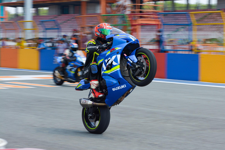 Moto dua chuyen nghiep co the dat toc do bao nhieu anh 5