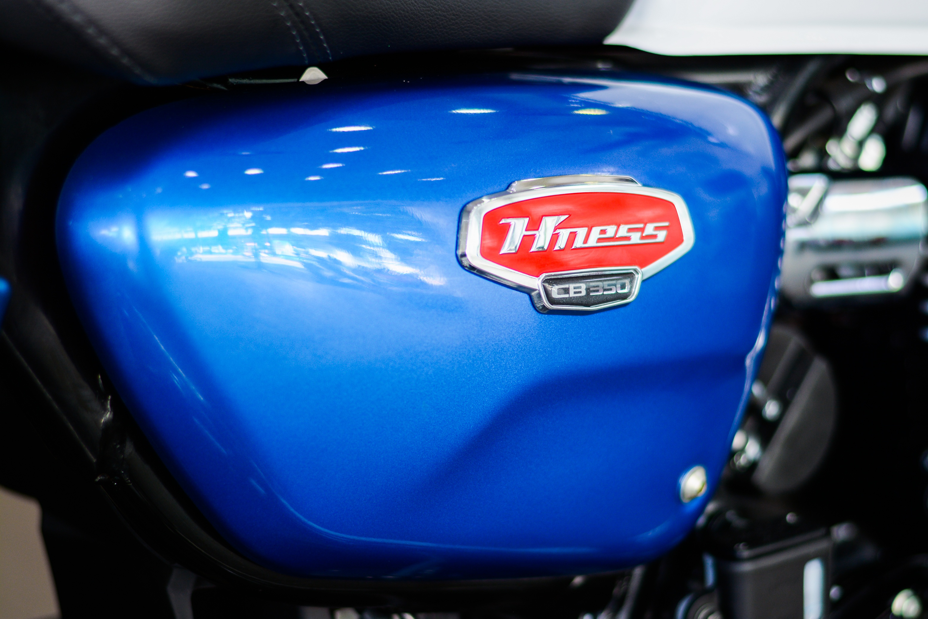 Honda H'ness CB350 DLX Pro xuat hien tai Viet Nam anh 14