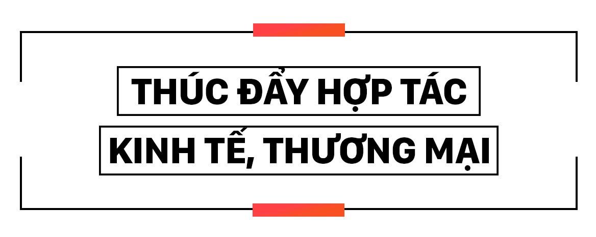 Thu tuong Nguyen Xuan Phuc hoi dam voi Tong thong Donald Trump hinh anh 3