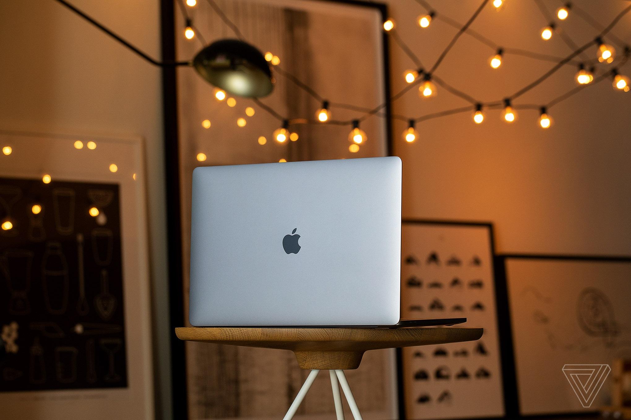 Top 5 laptop tot nhat tinh den dau nam 2020 hinh anh 2 2071267.jpg