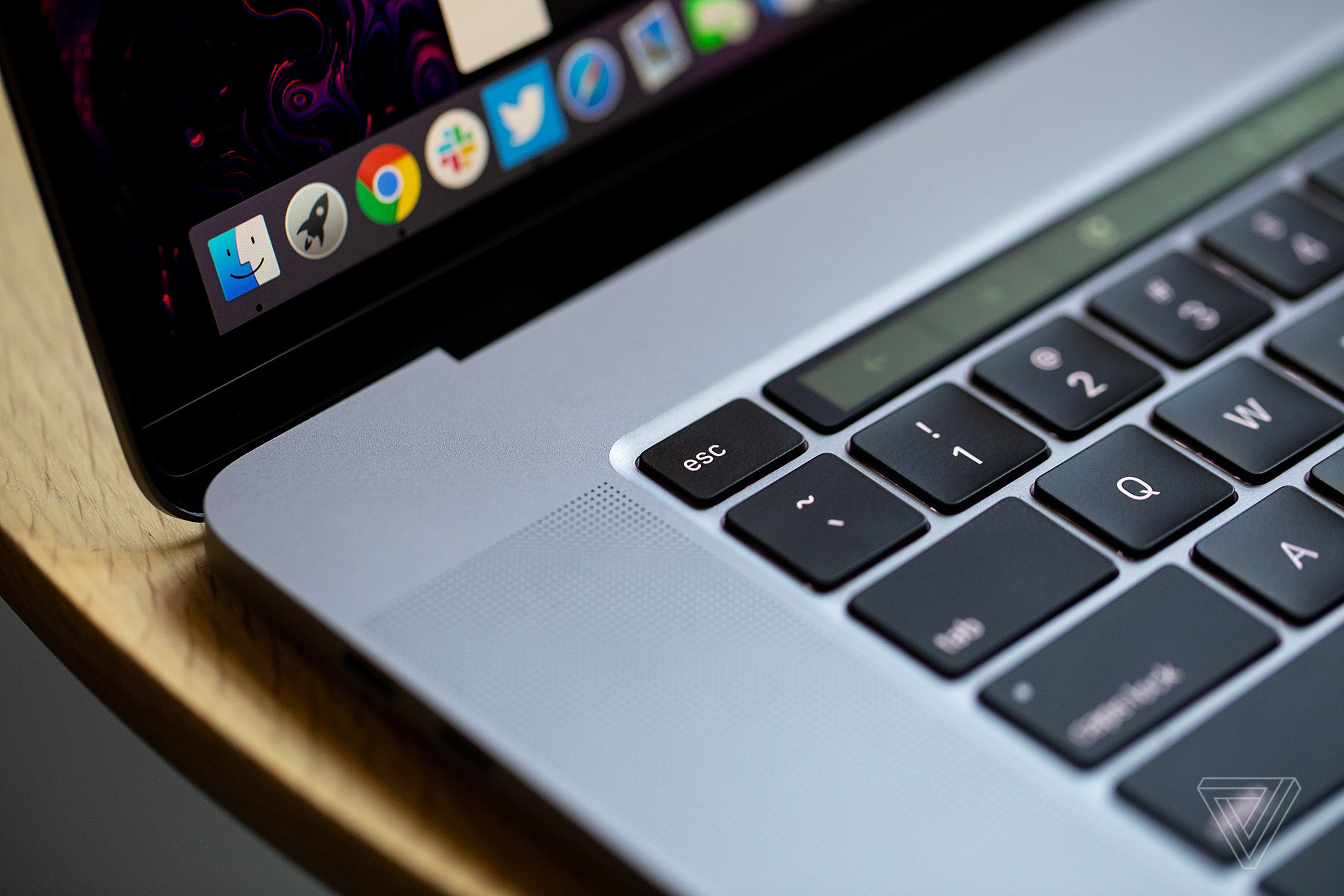 Top 5 laptop tot nhat tinh den dau nam 2020 hinh anh 3 2071276.jpg